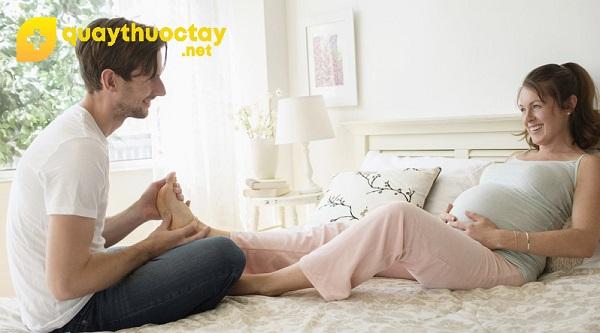 Hướng dẫn massage cho bà bầu ở chân